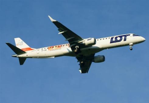 Embraer 190-200LR / PLL LOT / SP-LNB.
